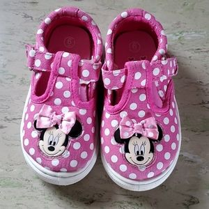 Minnie Mouse shoes girls size 6